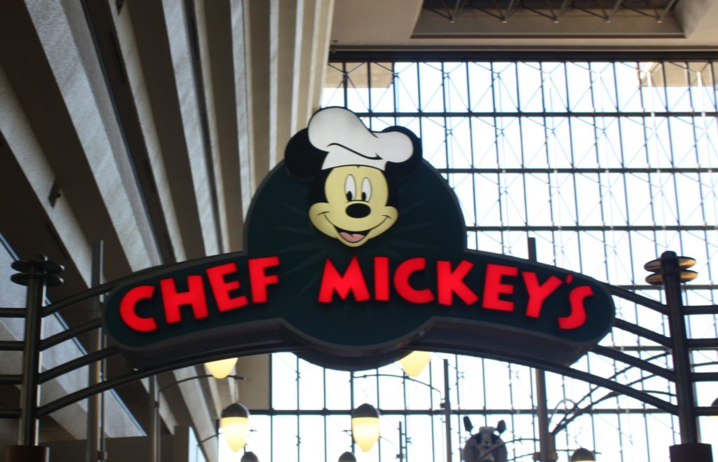chef mickey's entrance. chef mickey's is one of the hardest disney advanced dining reservations to get